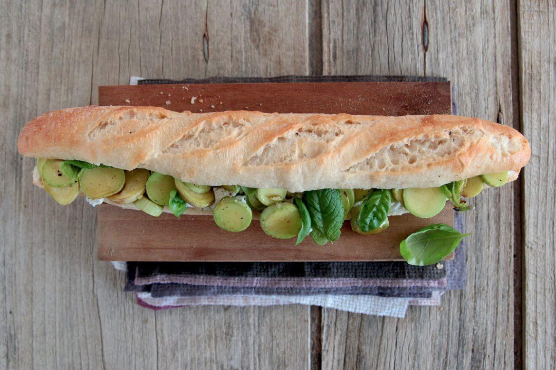 Ricetta Francesino rustico con zucchine alla menta, caprino e basilico