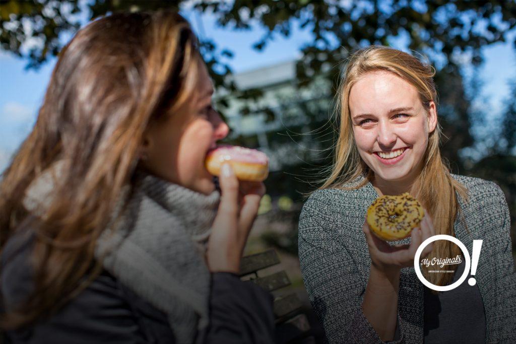 come gustare i donut americani